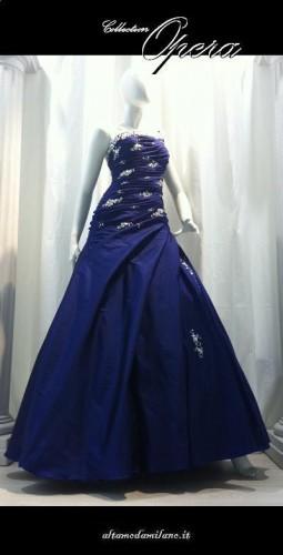 abiti da sposa colorati,abito sposa blu,