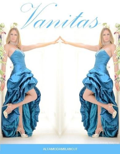 abito da sposa colorato blu