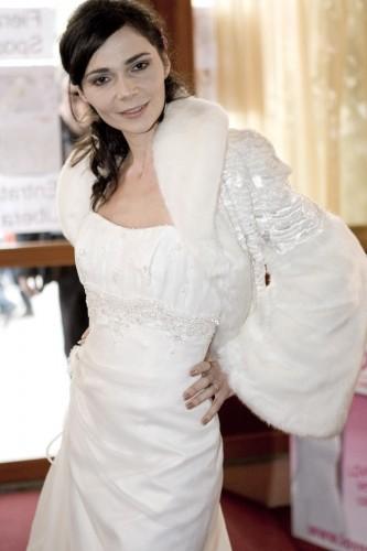 accessori sposa eco pelliccia milano.JPG